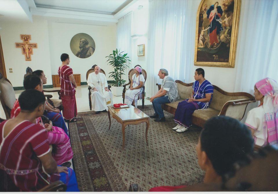 Audience privée des karens avec le Pape