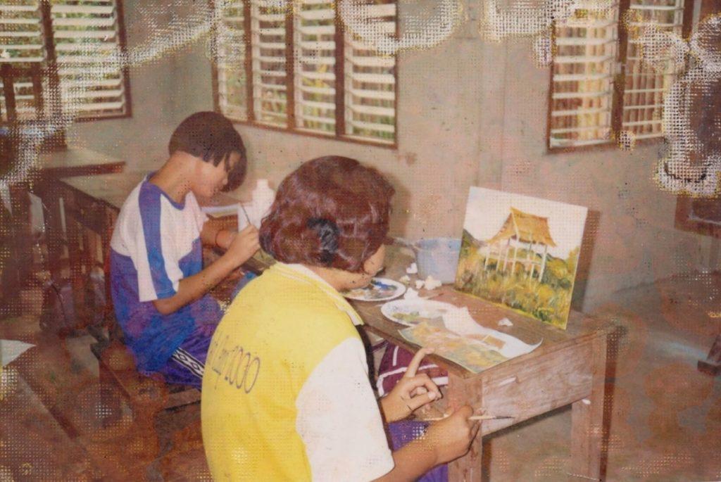 Cours de dessin à Maetowo avec Dominique Cordes