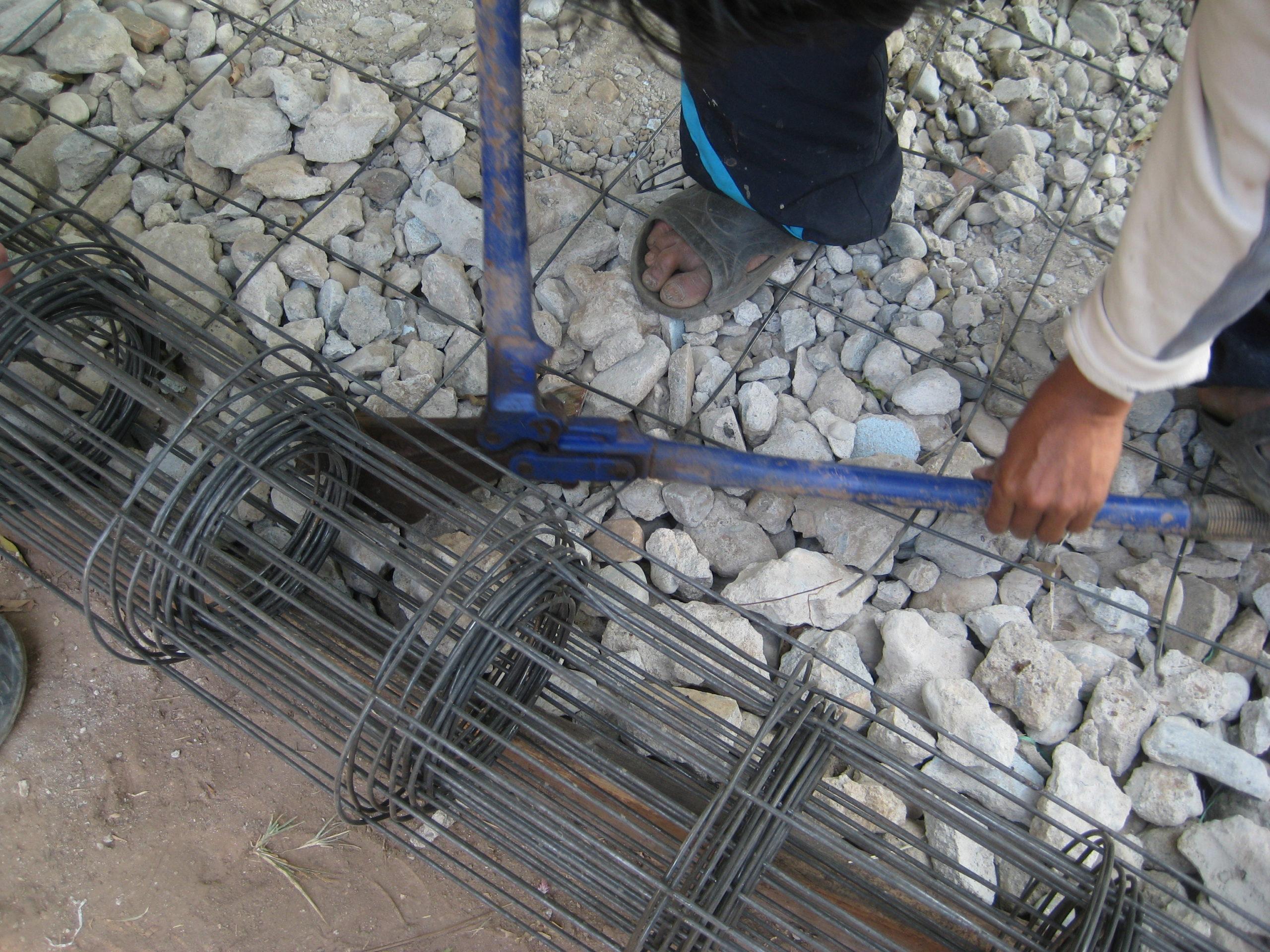 Construction d'une descente pour les voitures - Maetowo 2020